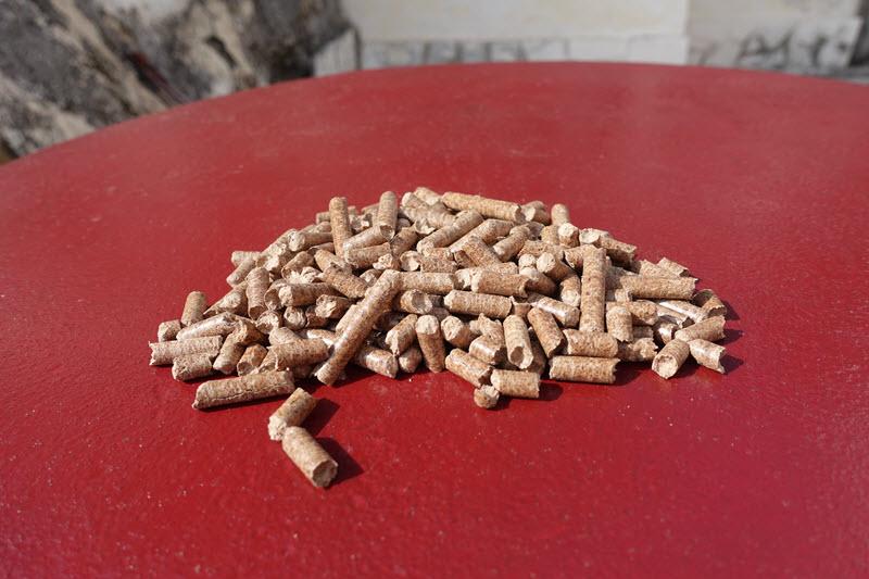 Des pellets de bois de hêtre